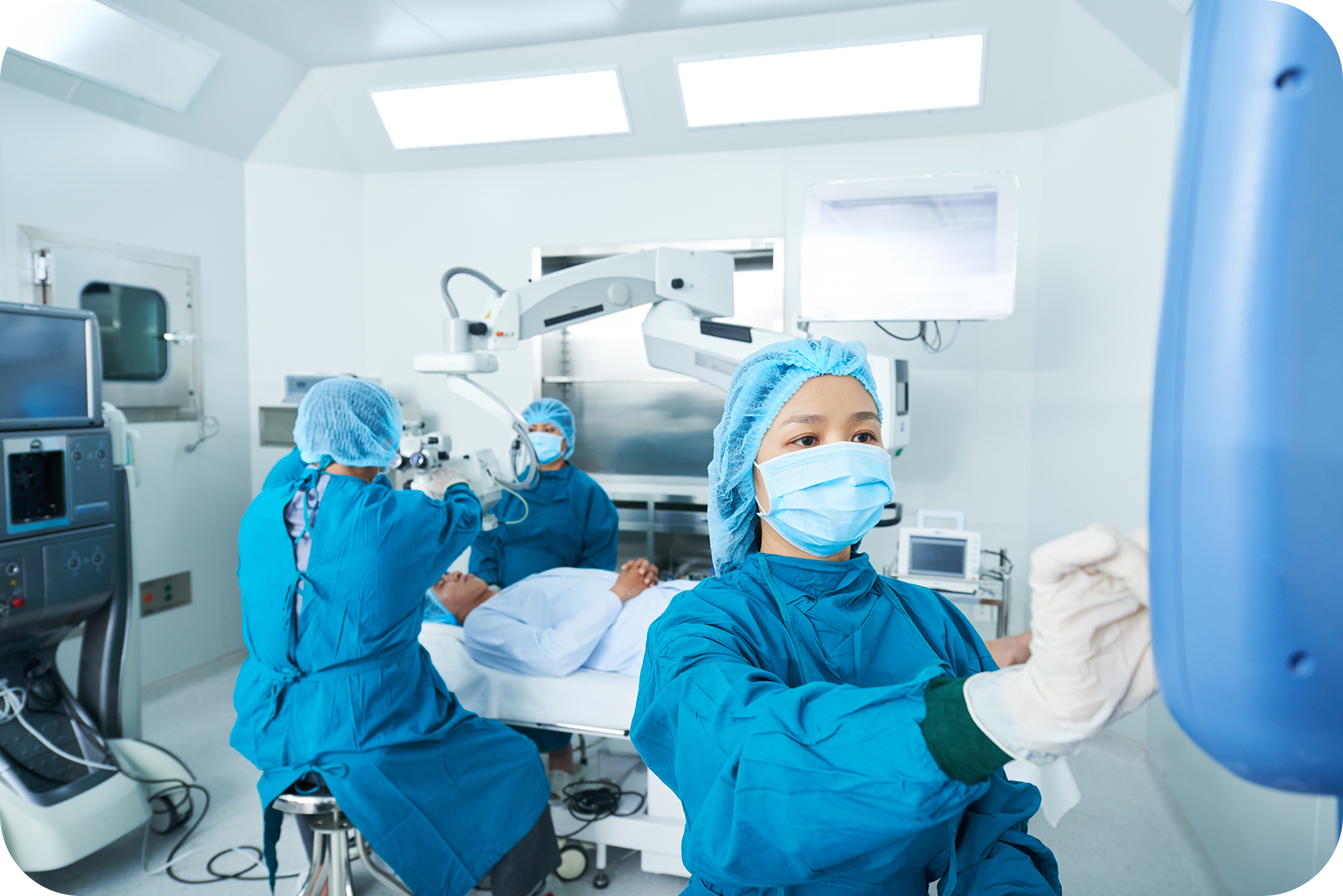 Operating team following protocol for surgery